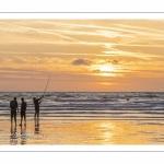 Les pêcheurs sur la plage de Ault