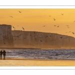Crépuscule sur les falaises à Ault.