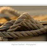 Détails de l'accastillage de voiliers au port de Saint-Valery. - Saison : été - Lieu : Saint-Valery-sur-Somme, Baie de Somme, Somme, Picardie, France.
