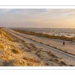 La plage du Crotoy et la baie de Somme vues depuis les dunes.