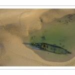 France, Pas-de-Calais (62), côte d'Opale, Grand site des deux caps, La plage de Tardinghen et l'épave du Lord Grey, ce chalutier britannique, long de 37 mètres, réquisitionné en 1915 par la Royal Navy et transformé en démineur, qui a sombré le 2 décembre 1917 lors d'une tempête  (Vue aérienne) // France, Pas-de-Calais (62), Opal Coast, Great site of the two capes, Tardinghen beach with the wreck of the Lord Grey, this 37-meter long British trawler, requisitioned in 1915 by the Royal Navy and transformed into a mine-clearer, which sank on December 2, 1917 during a storm (aerial view)
