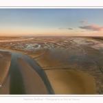 Saison : été - Lieu : Le Crotoy, Baie de Somme, Somme, Hauts-de-France, France. Panorama par assemblage d'images 7254 x 3627 px