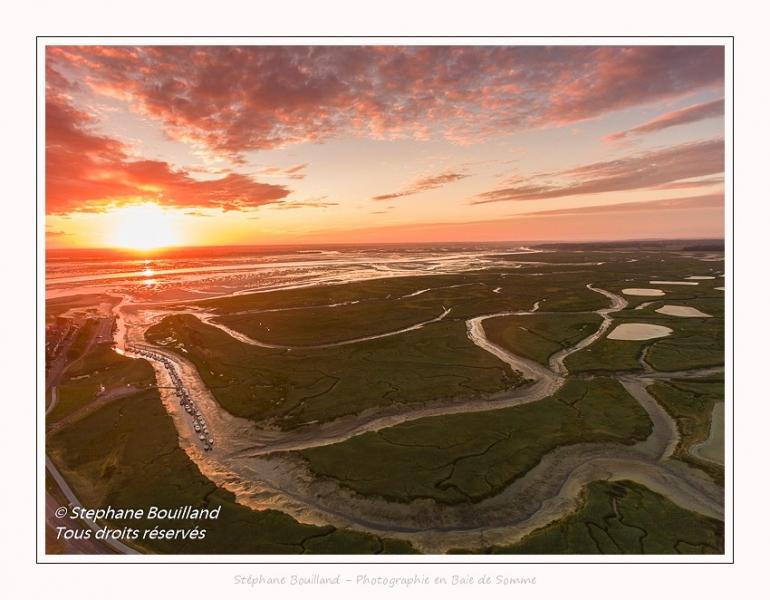 Saison : été - Lieu : Le Hourdel, Baie de Somme, Somme, Hauts-de-France, France. Panorama par assemblage d'images 5474 x 3649 px