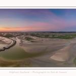 Saison : été - Lieu : Le Crotoy, Baie de Somme, Somme, Hauts-de-France, France. Panoramique par assemblage d'images 10912 x3637 px