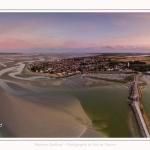 Saison : été - Lieu : Le Crotoy, Baie de Somme, Somme, Hauts-de-France, France. Panoramique par assemblage d'images 6512 x 3256 px