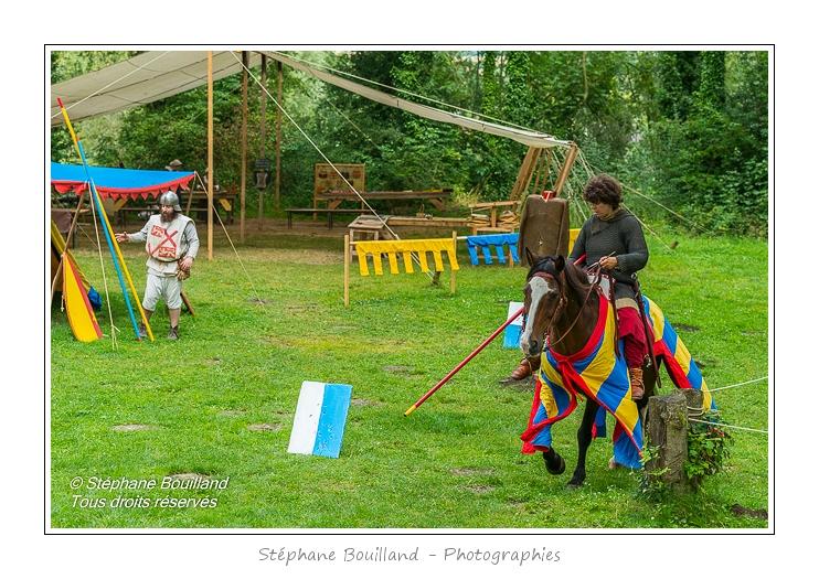 Eaucourt_Spectacle_chevalerie_0006-border
