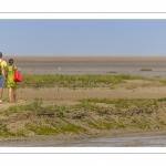 Promeneurs en baie de Somme à marée basse