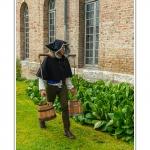 St-Riquier-Medievale-porteur-eau_0001-border