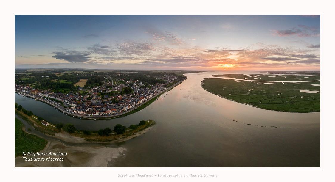L'embouchure de la Somme à Saint-Valery (Baie de Somme) vue depuis le drone